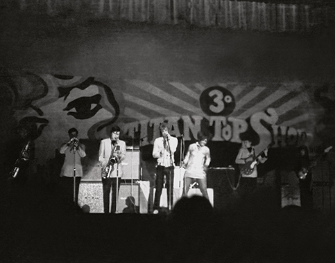 May 1968, Pierfranco Colonna and the Boa Boa on stage at the Brancaccio Theater in Rome opened and warmed up the first part of the Jimi Hendrix show. From left to right:  Francesco Paolo Angelillo (Sax), Filippo Bianchi (Trumpet), Michele Bovi (Sax) Pierfranco Colonna, the Afro-American dancer Judith Six, Piero Pantò (Guitar), Mario Scotti (Bass). Roberto Senzasono (Drums) and Enrico Buscaglia (Congas) do not appear in the picture.